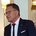 MdB Meier begrüßt seine Besucher im Amici